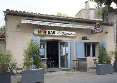Vue café restaurant Saint-Papoul