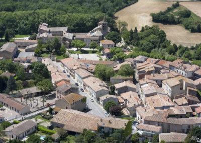 Vue aérienne village Saint-Papoul